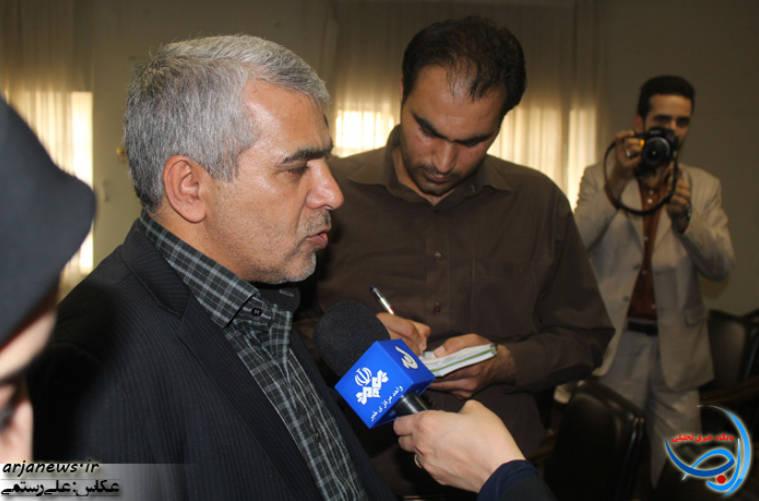 دیدار حسینی با اعضای هیئت علمی و کارکنان دانشگاه پیام نور لرستان+عکس