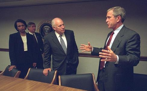 تصاویر جدید «کاخ سفید و جرج بوش پس از وقع حادثه ۱۱ سپتامبر»
