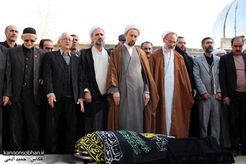 تصاویر مراسم تشییع و خاکسپاری مادر شهید محمد علیم(شهرام) عباسی در کوهدشت