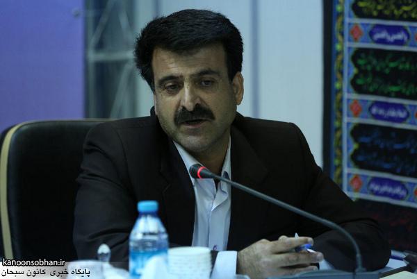 آریایی:در زیرساختهای شهر خرمآباد مشکل داریم./مدیریت بحران یک ریال اعتبار ندارد!