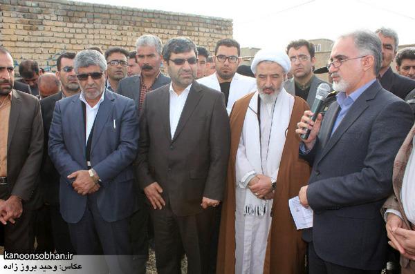 تصاویر کلنگ زنی طرح گاز رسانی در روستای گل گل کوهدشت