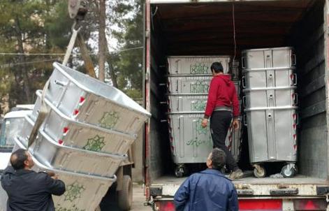 رسیدن سطل های زباله اهدایی شهرداری تهران به کوهدشت+عکس