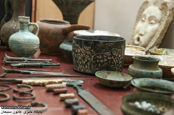 ۹ قطعه شی ء باستانی در کوهدشت کشف شد.
