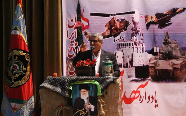 امنیت و اقتدار ایران مرهون خون پاک شهدا است/ایستادگی در برابر دشمن با برخورداری از روحیه جهادی و بسیجی