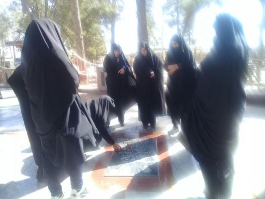 تصاویر مراسم غبار روبی شهدای ۸ سال دفاع مقدس