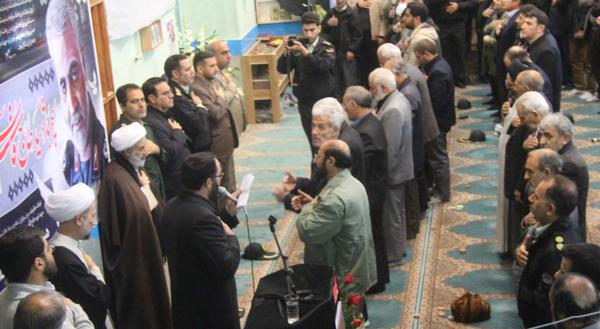 تصاویر یادبود شهید حاج قاسم سلیمانی و همرزمانش در مسجد جامع کوهدشت