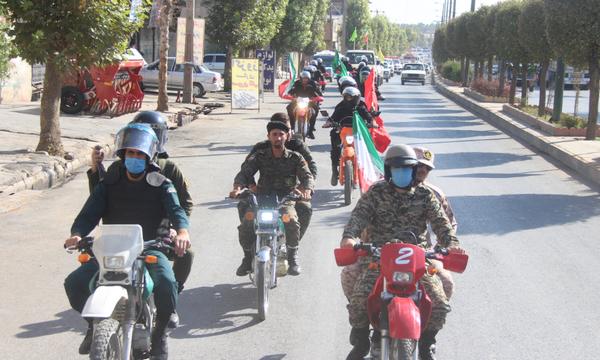 رژه موتوری بسیجیان گردان امام علی(ع) در کوهدشت+عکس و فیلم