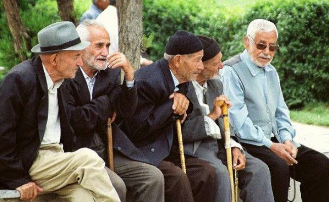 لرستان دارای سه مرکز شبانهروزی نگهداری از سالمندان است / کوهدشت؛جوان ترین شهر استان